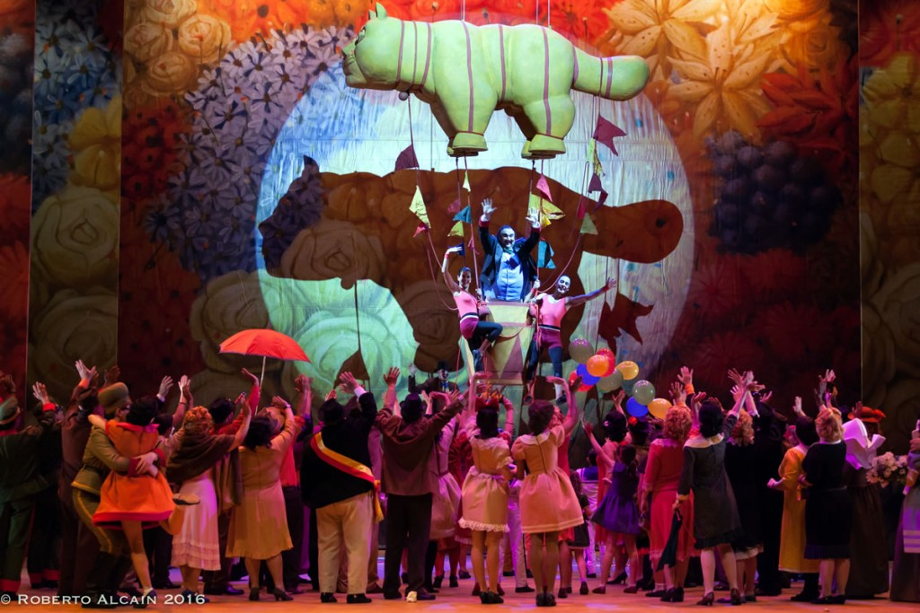 Elisir D'Amore Botero - Finale Teatro La Maestranza Siviglia