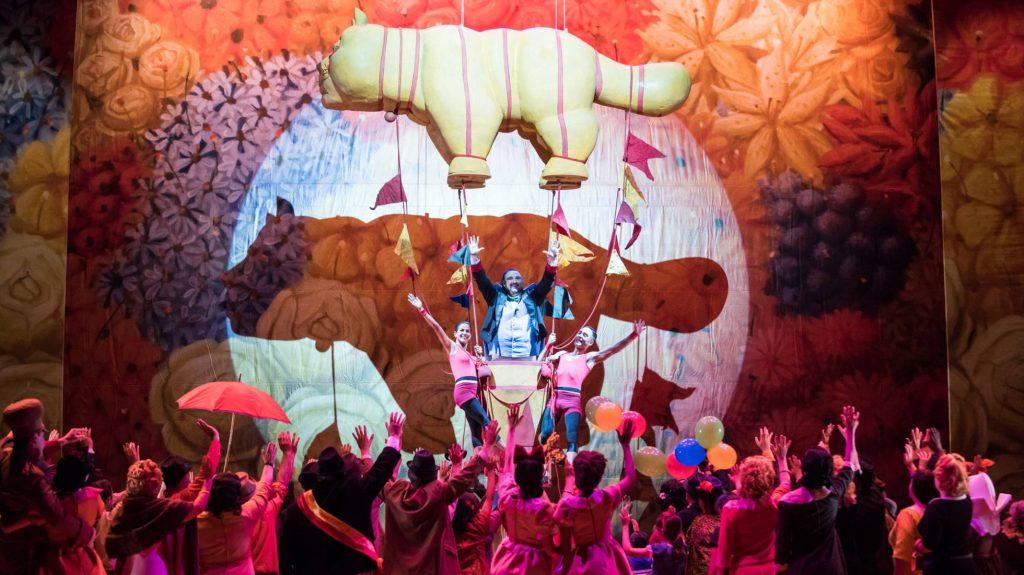 Dulcamara nel Elisir D'Amore de Botero Teatro de La Maestranza di Siviglia Mayo 2016